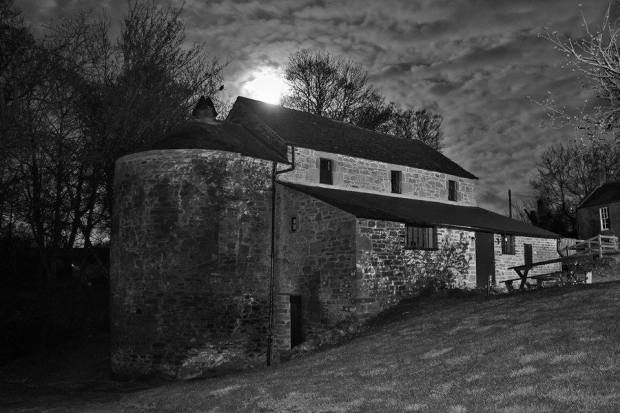 Moonlight B&W Barry Mill